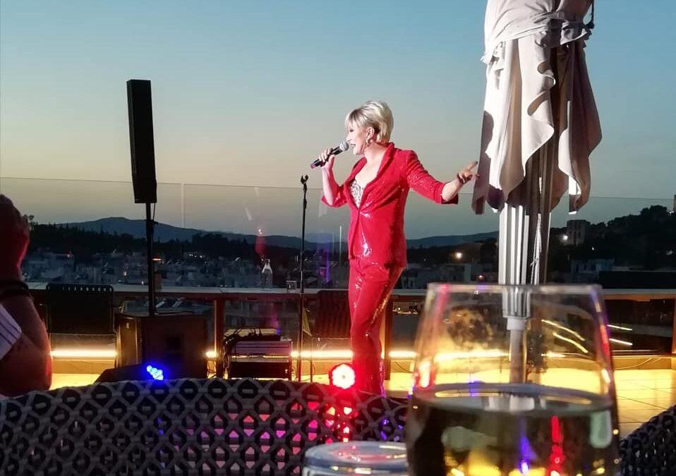 Rooftop-Konzert in Athen ein voller Erfolg!